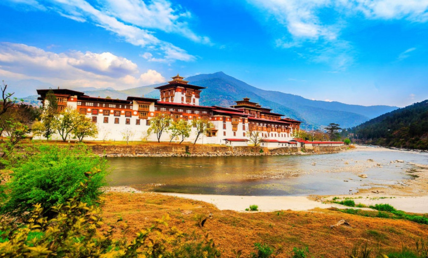 My 28 days around Bhutan - BMV Tours and Treks